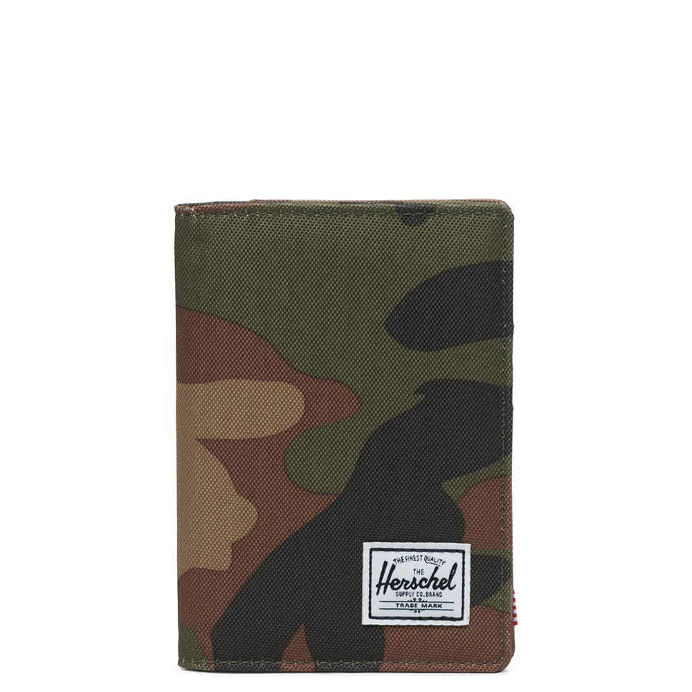 Herschel Raynor Passport Holder RFID Woodland Camo