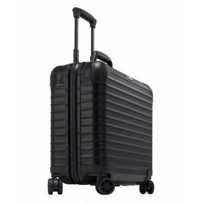 Rimowa Topas Stealth Business Trolley Multiwheel Black .
