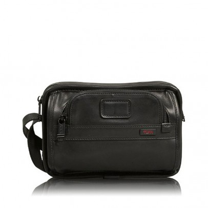 Tumi Alpha Leather Hanging Travel Kit Black
