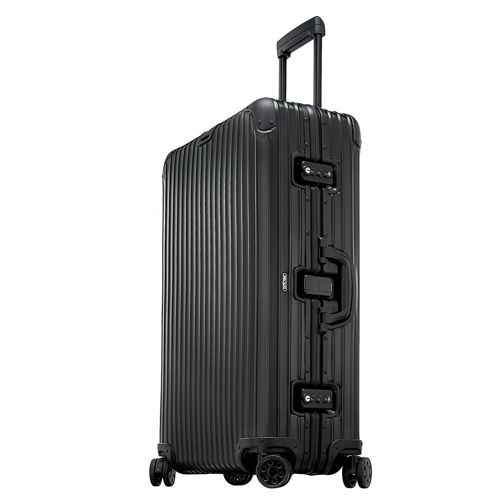 rimowa topas stealth trolley multiwheel 78 black. Black Bedroom Furniture Sets. Home Design Ideas