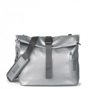 Bree Punch 715 Messenger Shiny Silver