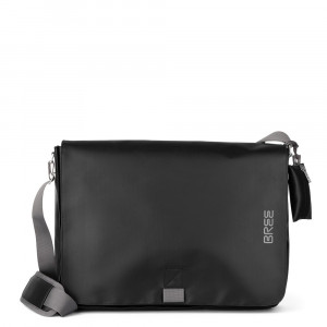 Bree Punch 711 Messenger L Black