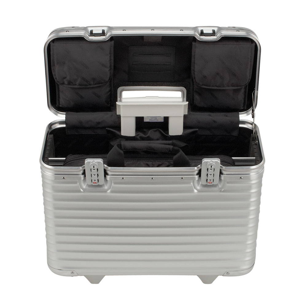 rimowa pilot business trolley 50 aluminium. Black Bedroom Furniture Sets. Home Design Ideas